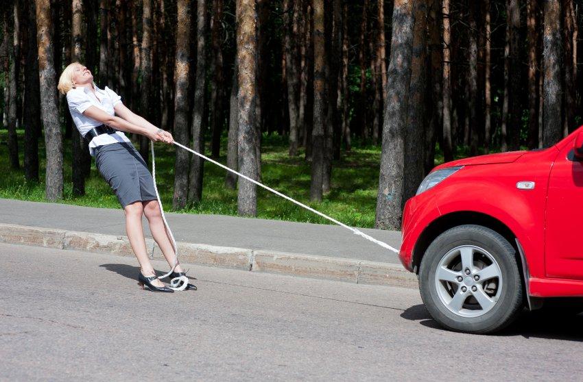jak uzyskać pomoc drogową