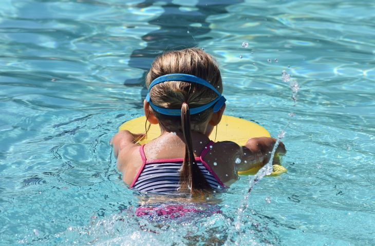 nauka plywania